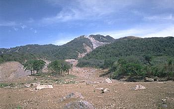 Pathway of landslide and lahar, Casita Volcano, Nicaragua