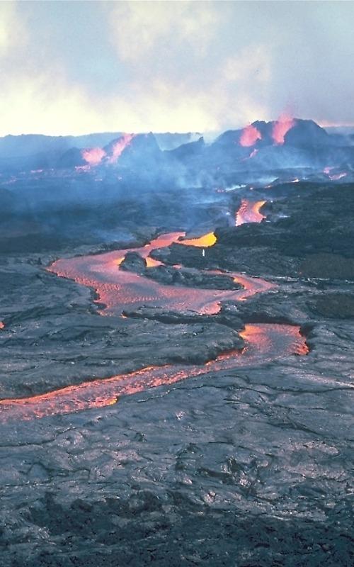 Basalt Lava Flow  Mauna Loa Volcano  Hawai I
