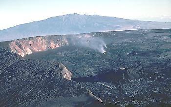 Mauna Loa summit caldera, Hawaii