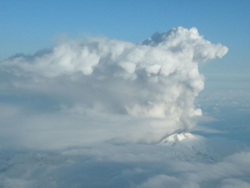 http://volcanoes.usgs.gov/avo/dbimages/display/1238109383_ak231.JPG
