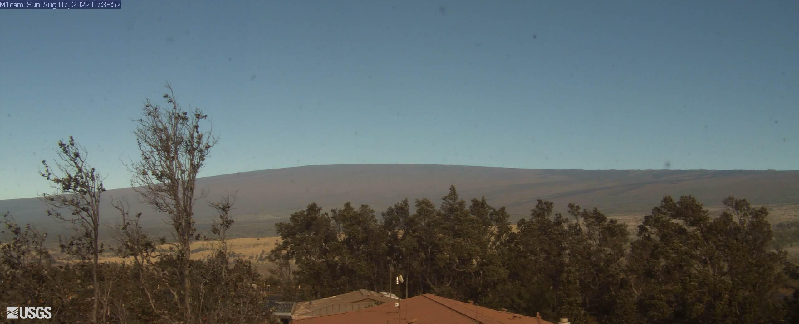 Mauna Loa Northeast Rift Zone from HVO Observation Tower [M1cam] preview image