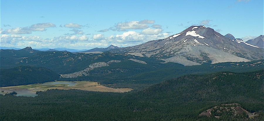 Digital Data for Volcano Hazards of the Three Sisters Region, Oregon
