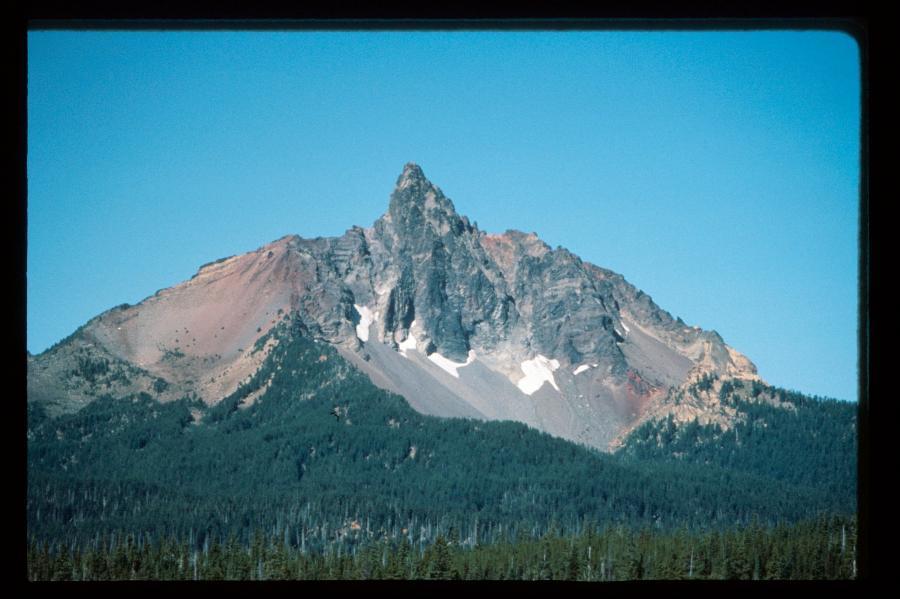 Mount Washington Peak in Central Oregon