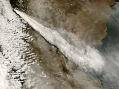 Satellite image of the ash dispersal from the 2008 Chaitén eruption. Ash plume reaching the Atlantic Ocean after going over Argentina (Click image to view full size.)