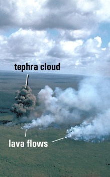 Tephra cloud generated by a large methane explosionjon Mauna Loa Volcano, Hawai`i