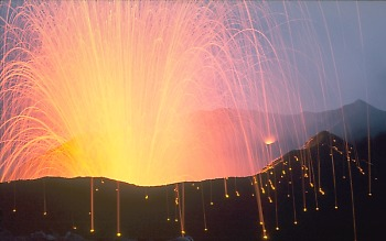Explosive eruption from Stromobli Volcano